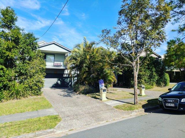http://ljgrealestate.com.au/property/19-tower-street-springwood-qld-4127/